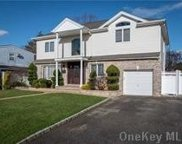3491 Clifton  Boulevard, Wantagh image