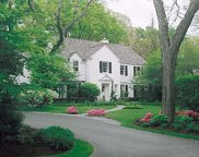 181 Apple Tree Road, Winnetka image