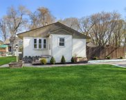 605 Tanglewood Drive, Shoreview image