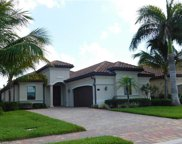 2870 Aviamar Cir, Naples image