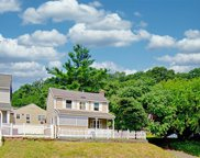 302 Pine Hollow  Road, Oyster Bay image