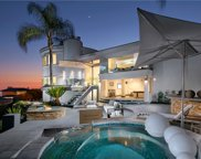 64     Marbella, San Clemente image