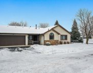 586 Donegal Circle, Shoreview image