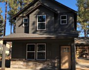 952 East Timber Pine, Sisters image