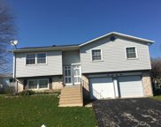 1669 Wrightwood Court, Glendale Heights image