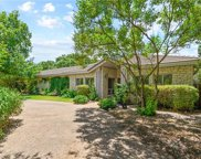 723 Rolling Green Dr, Lakeway image