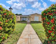 7505 Cutlass Ave, North Bay Village image