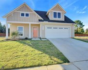 825 Meadow Bend Loop W, Grapevine image