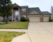 16755 Lakeville  Crossing, Westfield image