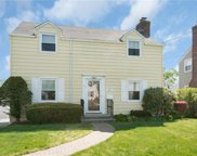 12 Hayes Drive, Eastchester image