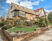 55 Devonia  Avenue Unit #Upper Unit, Mount Vernon image