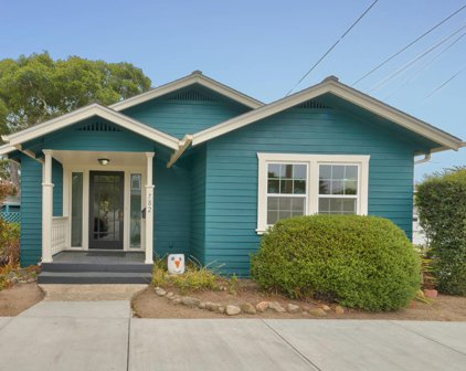 782 Pine Ave, Pacific Grove