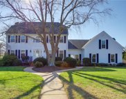 2040 Thomas Bishop Lane, Virginia Beach image