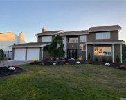 148 Pace Drive South, West Islip image