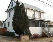 76 Hewlett Ave, Point Lookout image