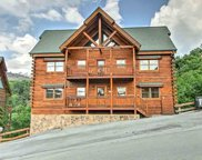 1050 Black Bear Cub Way, Sevierville image