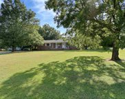 444 Lakeview Drive, Laurens image