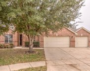 5240 Scenic Point, Fort Worth image