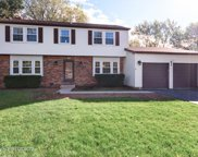 660 Essington Lane, Buffalo Grove image