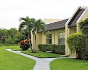212 Lake Susan Lane, West Palm Beach image