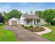 1045 Mary Street N, Maplewood image
