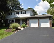 1090 Yorkshire, Hanover Township image