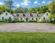 15 Underhill  Road, Locust Valley image