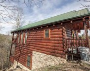 3212 White Falcon Way, Pigeon Forge image