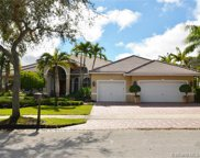 142 Dockside Cir, Weston image