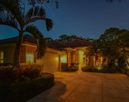 185 E Tall Oaks Circle, Palm Beach Gardens image