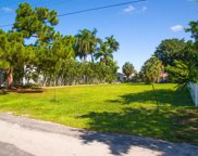 2759 Gulfview Dr, Naples image