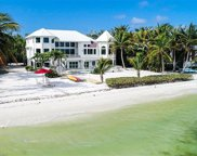 1083 BIRD LN, Sanibel image