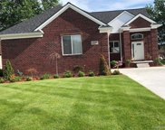 48484 Jefferson Ave, Chesterfield image