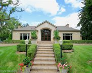 680 W LONG LAKE, Bloomfield Twp image