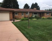56428 Meadow Lawn Dr Dr, Macomb image