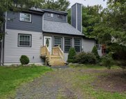 732 Country Place Dr, Tobyhanna image