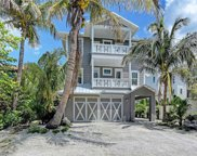 110 11th Street S, Bradenton Beach image