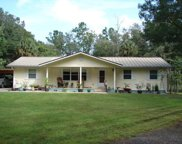 12151 Ne 52nd Place Road, Silver Springs image