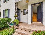 3721 W Beverly Drive, Dallas image
