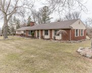 3340 Chickering Ln, Bloomfield Hills image