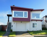 86 Hillview Ct, Daly City image
