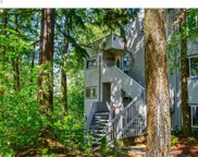 48 EAGLE CREST  DR Unit #1C, Lake Oswego image