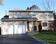 1907 Merikoke Ave, Wantagh image