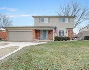 34086 Inverarry Crt, Sterling Heights image