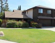 2717 Vyn, Bakersfield image