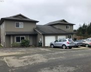 637/639 CLAY  ST, Coos Bay image