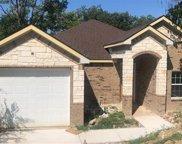 423 Avenue E, Dallas image