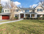 41 Meadow Woods  Road, Great Neck image