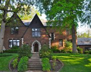 11 Lake Forest, Richmond Heights image