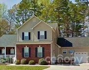 109 Pine Bluff  Court, Mount Holly image